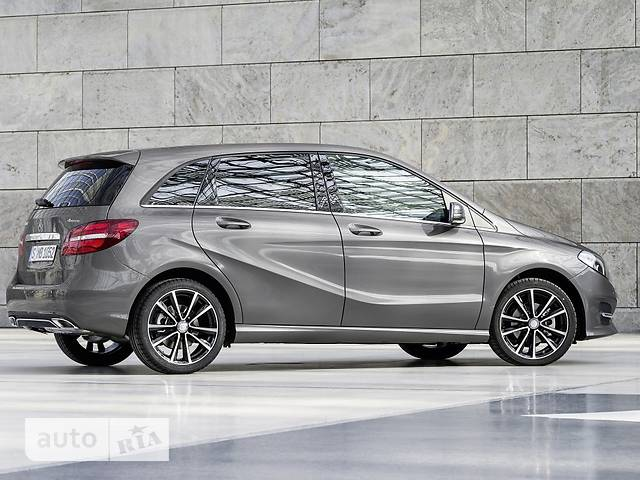 Mercedes-Benz B-Class B 220d AT (177 л.с.) 4Matic
