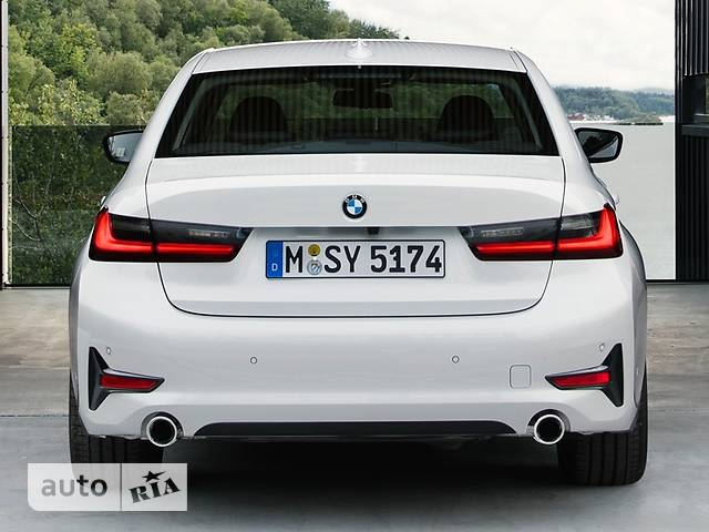 BMW 3 Series 330e Steptronic (292 л.с.) base
