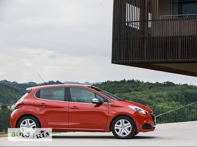 Peugeot 208 1.2 PureTech AT (82 л.с.) Like