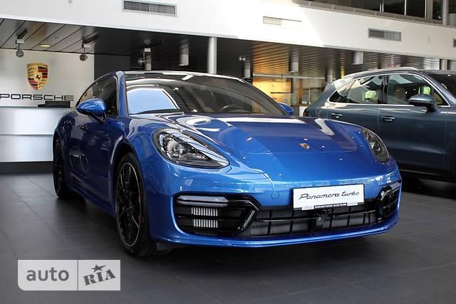 Porsche Panamera Sport Turismo 4.0T (550 л.с.) AWD