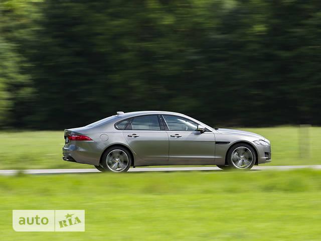 Jaguar XF 2.0D i4 АT (180 л.с.) RWD Pure