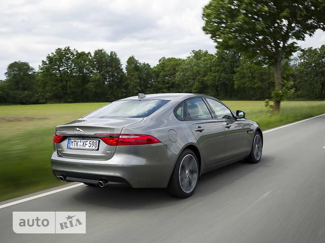 Jaguar XF 2.0D АT (240 л.с.) AWD Pure