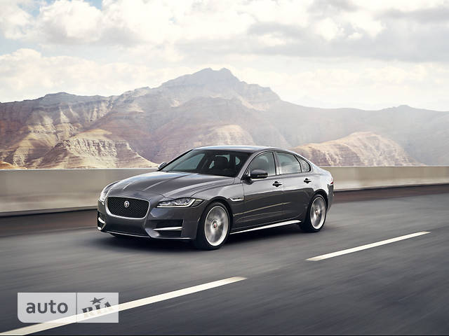 Jaguar XF 2.0D i4 MT (180 л.с.) RWD R-Sport