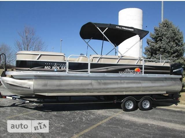 Sun Tracker Party Barge 24 XP3 base
