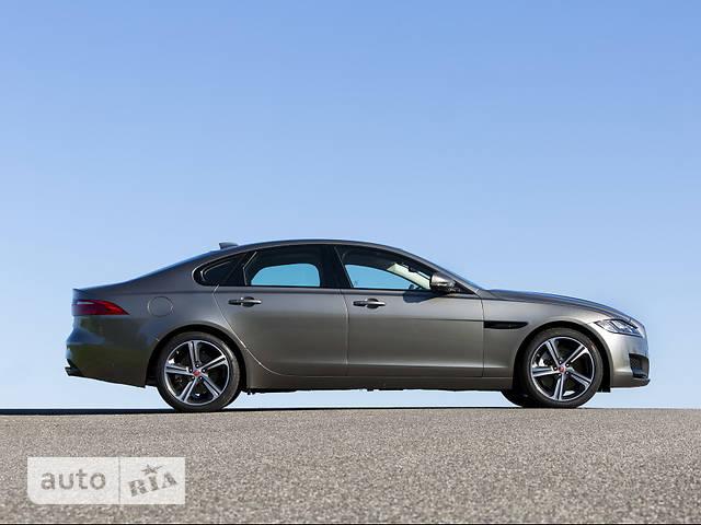 Jaguar XF 2.0D i4 MT (180 л.с.) RWD Portfolio