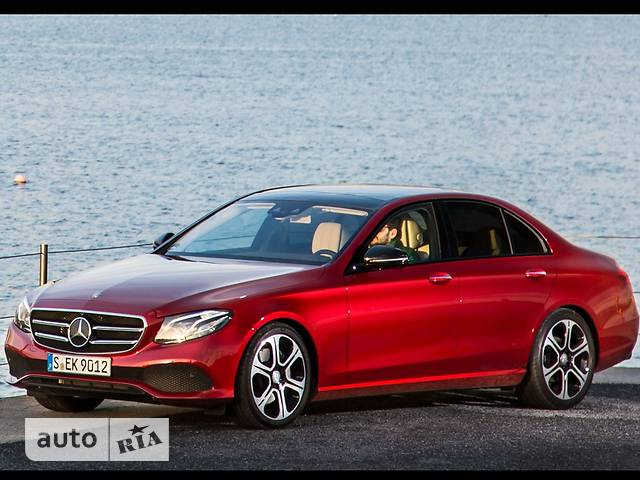 Mercedes-Benz E-Class New E 300 AT (245 л.с.)