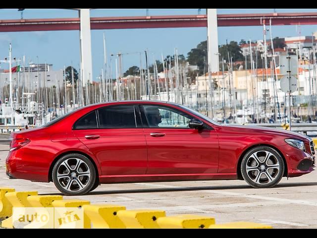 Mercedes-Benz E-Class New E 300 AT (245 л.с.)