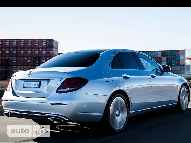 Mercedes-Benz E-Class New E 200 (184 л.с.) 4Matic