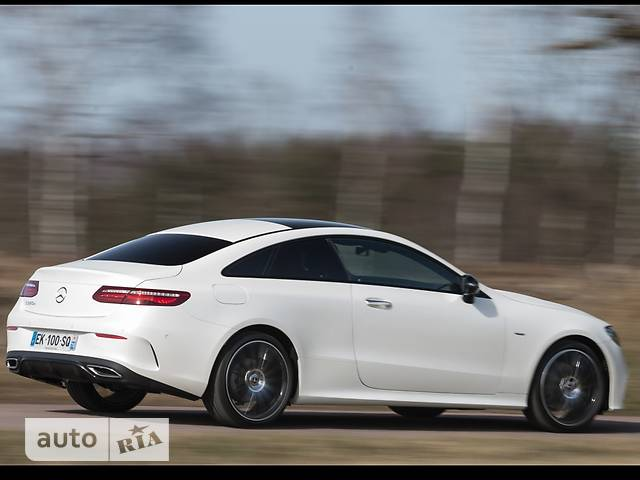 Mercedes-Benz E-Class New E 200 АТ (184 л.с.)