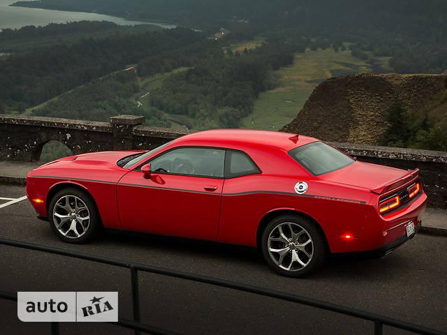 Dodge Challenger 3.6 AT (305 л.с.) SXT Plus
