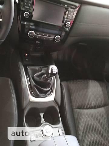 Nissan X-Trail New FL 1.6dCi CVT (130 л.с.) N-Connecta