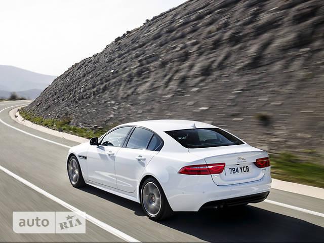 Jaguar XE 2.0D AT (180 л.с.) Pure