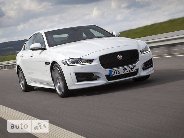 Jaguar XE 2.0D AT (180 л.с.) AWD Pure