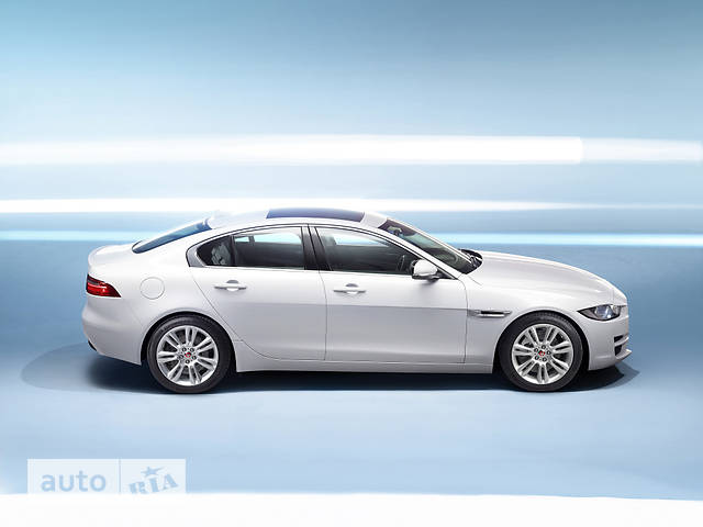 Jaguar XE 2.0D AT (180 л.с.) Prestige