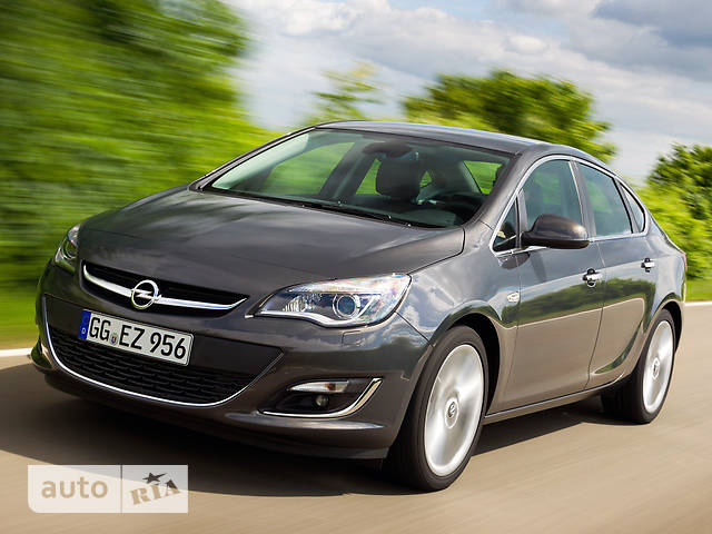 Opel Astra J 1.4Т МТ (140 л.с.) Enjoy Plus