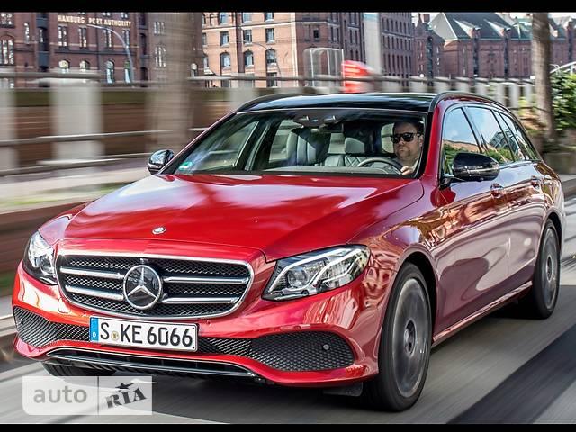 Mercedes-Benz E-Class 200 AT (197 л.с.) 4Matic base