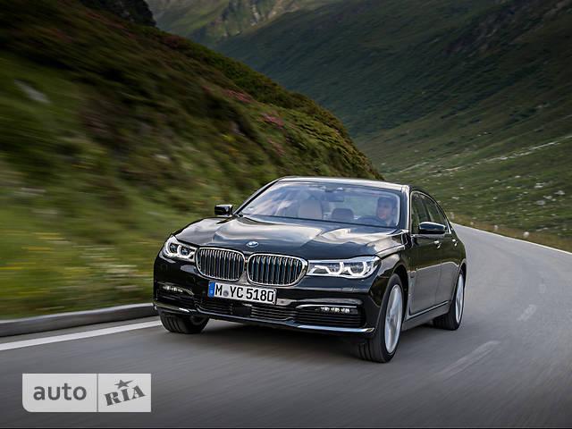 BMW 7 Series G12 L730і AT (258 л.с.) base