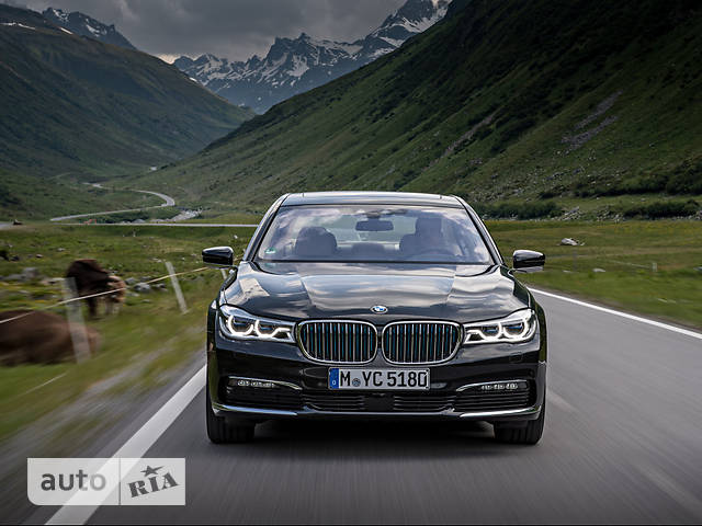 BMW 7 Series G12 750Li AT (450 л.с.) xDrive base
