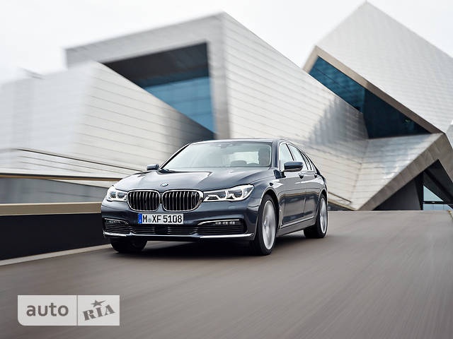 BMW 7 Series G11 725d AT (231 л.с.) base