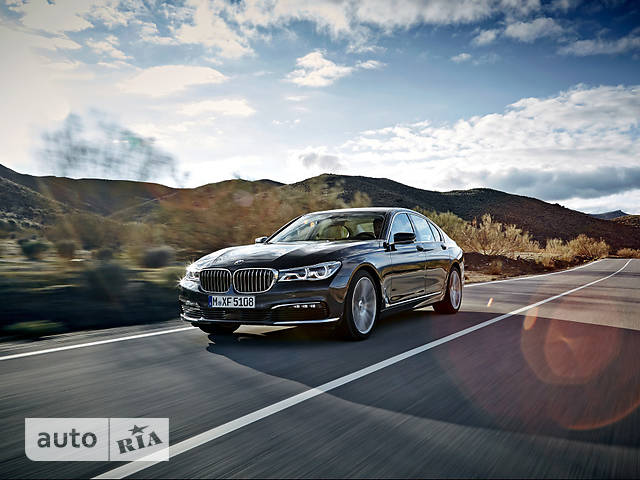 BMW 7 Series G11 730d AT (265 л.с.) base