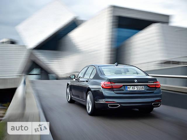 BMW 7 Series G11 730d AT (265 л.с.) xDrive base