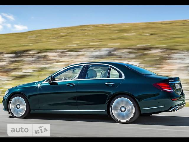 Mercedes-Benz E-Class New E 350d G-Tronic (286 л.с.) base