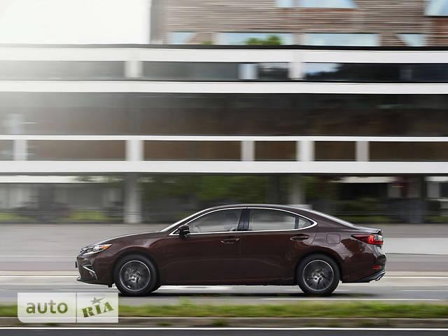 Lexus ES 250 AT (184 л.с.) Business