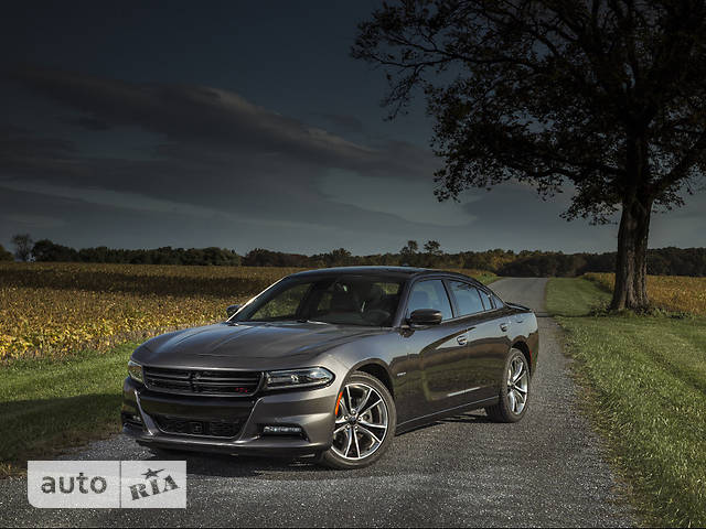 Dodge Charger 5.7 АТ (370 л.с.) R/T