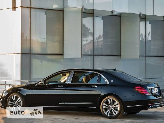 Mercedes-Benz Maybach S 560 AT (469 л.с.) 4Matic