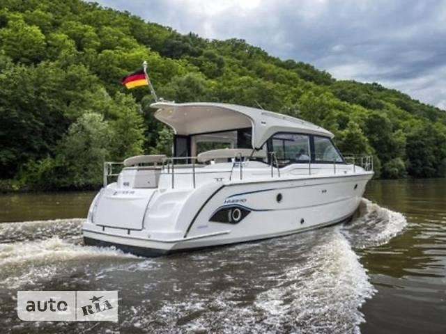 Bavaria E 40 Sedan