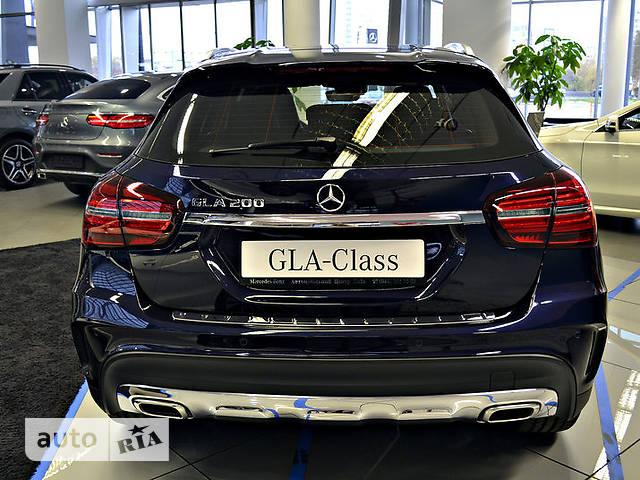 Mercedes-Benz GLA-Class GLA 200 AT (156 л.с.)