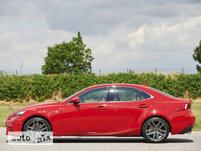 Lexus IS 200t AT (242 л.с.) F-Sport