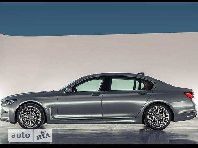 BMW 7 Series 750Li Steptronic (530 л.с.) xDrive base