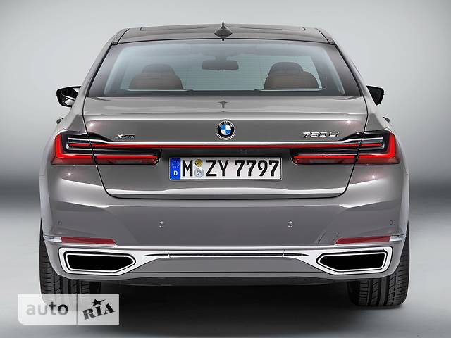 BMW 7 Series M760Li Steptronic (609 л.с.) xDrive base