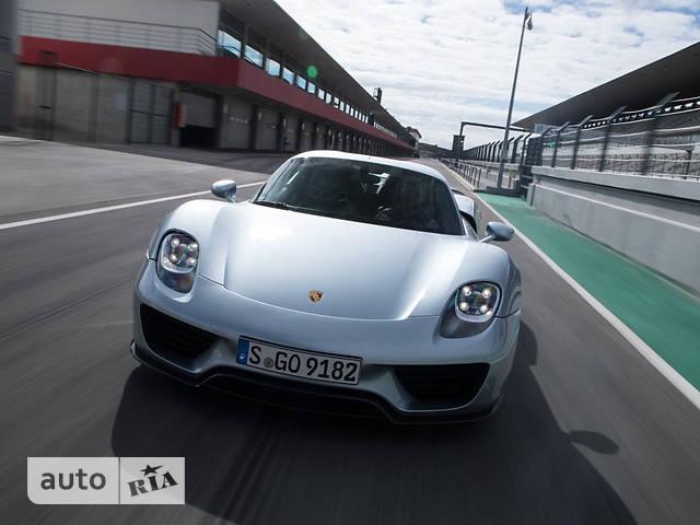 Porsche 918 Spyder 4.6 PDK (887 л.с.)