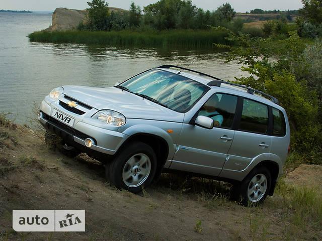 Chevrolet Niva 1.7 MT (80 л.с.) GL