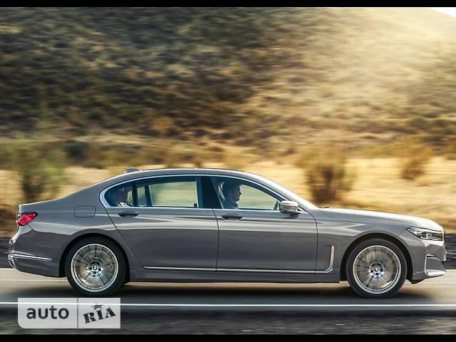 BMW 7 Series 730i Steptronic (265 л.с.) base