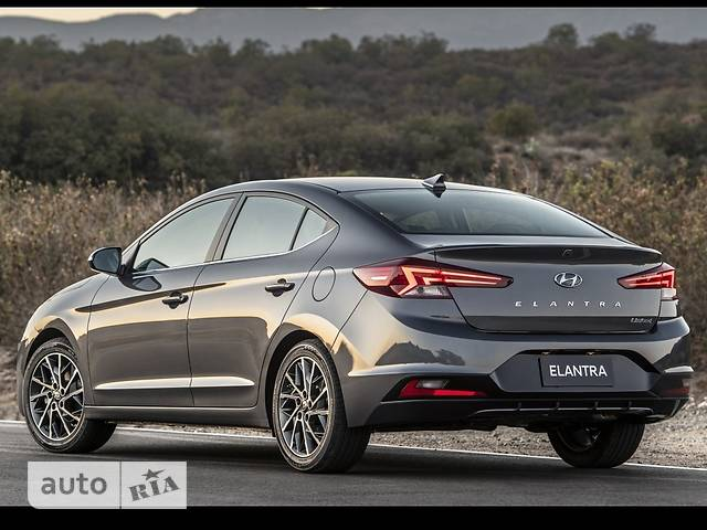 Hyundai Elantra 2.0 MPi AT (152 л.с.) Premium Prestige