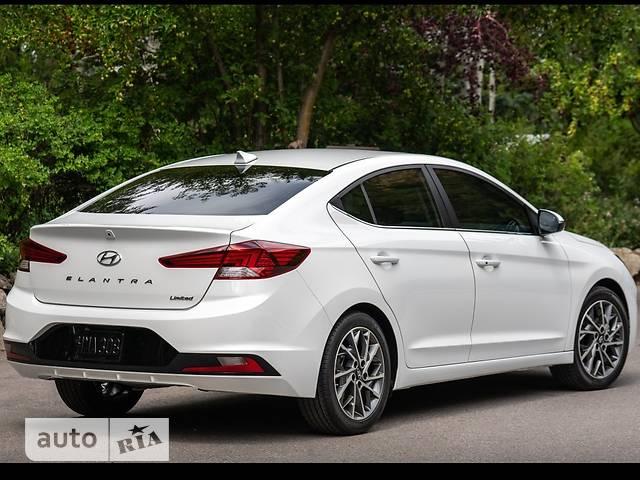 Hyundai Elantra 1.6 MT (127 л.с.) Style Safety