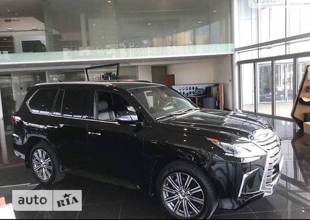 Lexus LX 570 AT (367 л.с.) 8s Luxury+