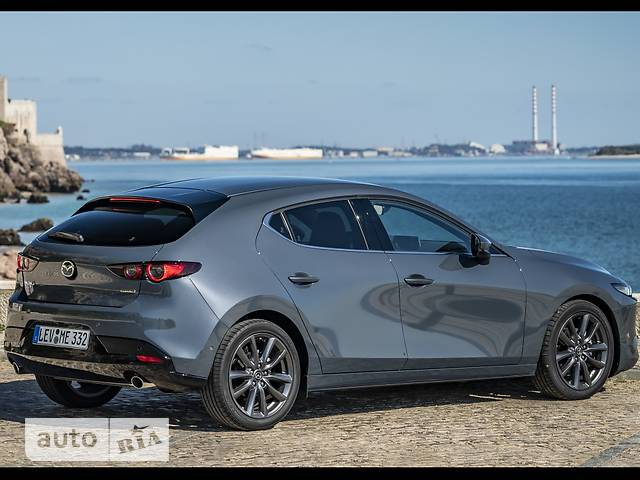 Mazda 3 1.5 6AT (120 л.с.) Exclusive