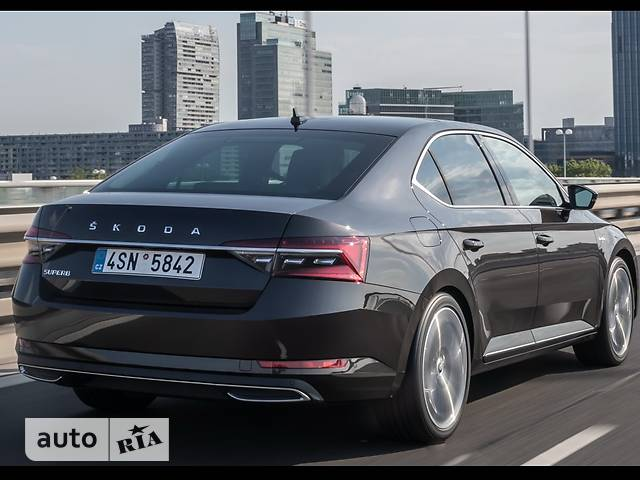 Skoda Superb 2.0 TDI DSG (190 л.с.) CR 4х4 L&K