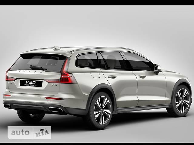 Volvo V60 Cross Country T5 2.0 АT (254 л.с.) АWD Plus