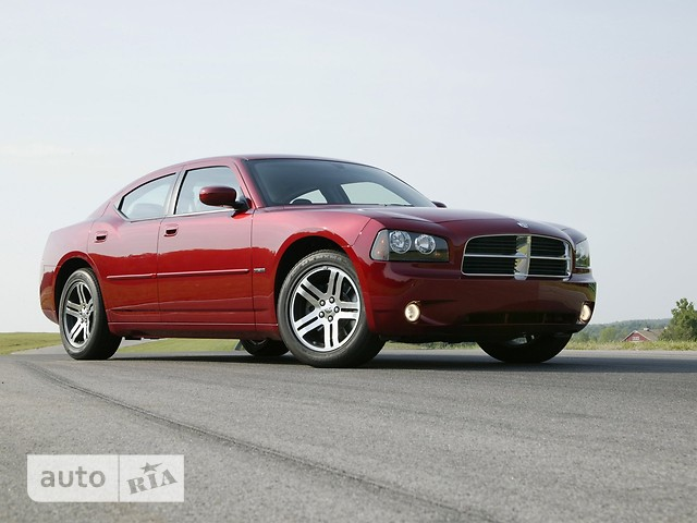 Dodge Charger фото 1