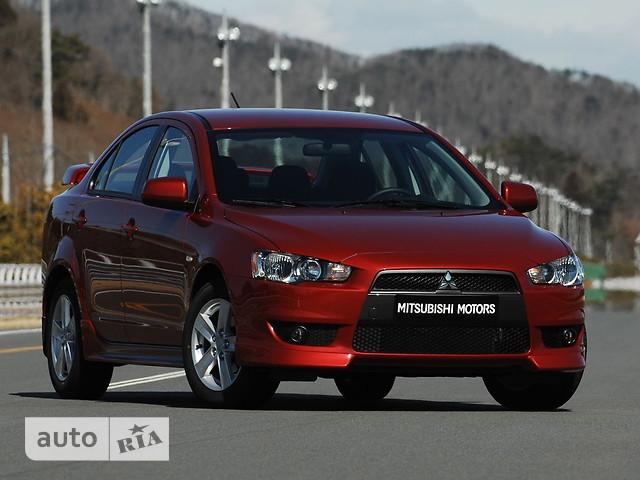 Mitsubishi Lancer фото 1