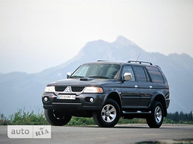 Mitsubishi Pajero Sport фото 1