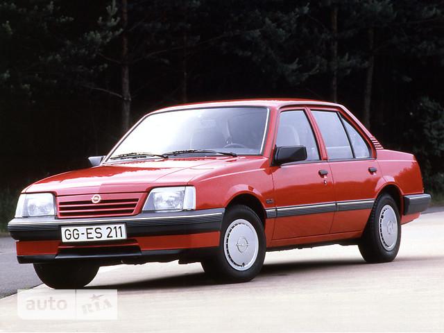 Opel Ascona фото 1