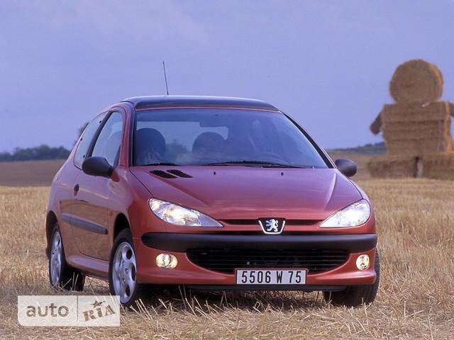 Peugeot 206 фото 1