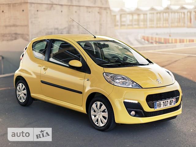 Peugeot 107 фото 1