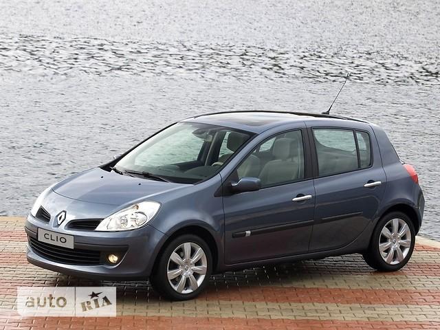 Renault Clio фото 1